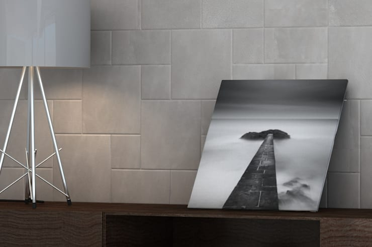 Piastrelle in pelle Lapèlle Design : Pareti & Pavimenti in stile  di Lapèlle Design
