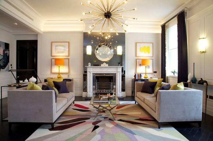 Salas de estilo  por SB design Studio