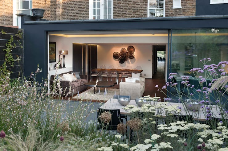 London Townhouse:  Houses by The Silkroad Interior Design