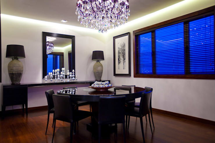 Casas de estilo  por The Silkroad Interior Design, Moderno