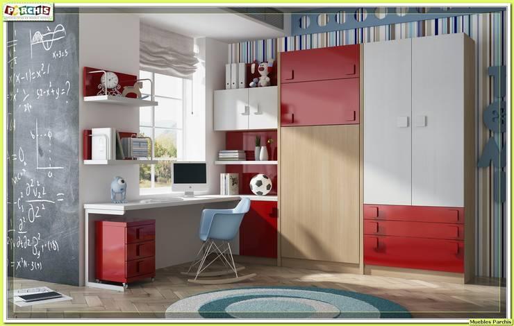 dormitorio juvenil con literas plegables verticales: Dormitorios de estilo  de Muebles Parchis. Dormitorios Juveniles.