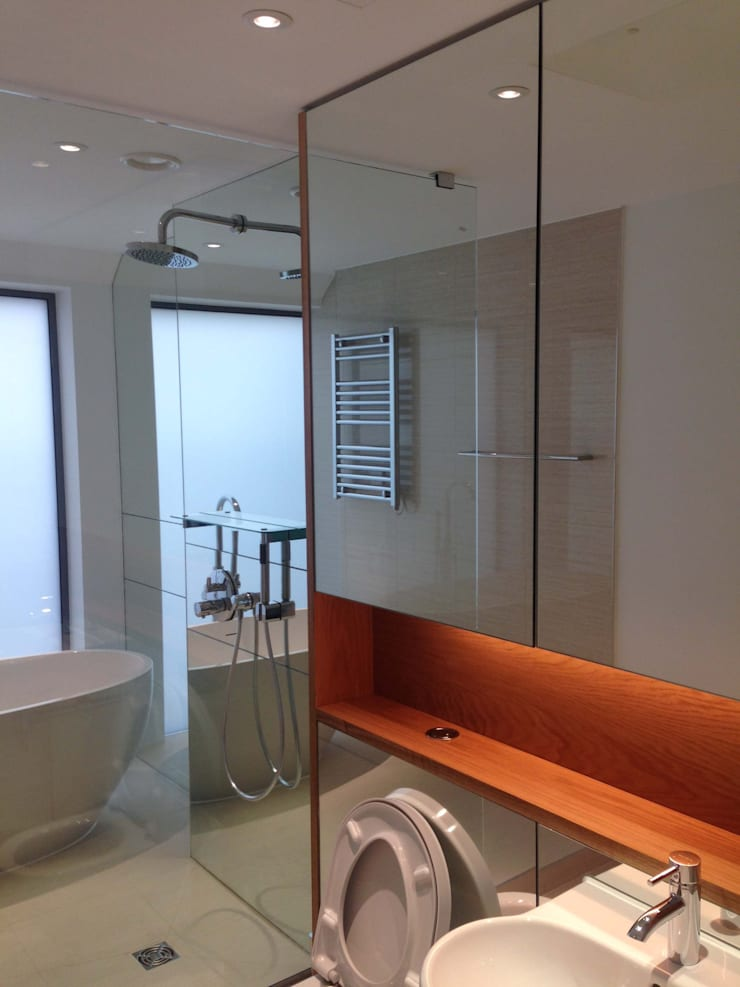 Bathroom Mirror Cladding:  Bathroom by bohdan.duha