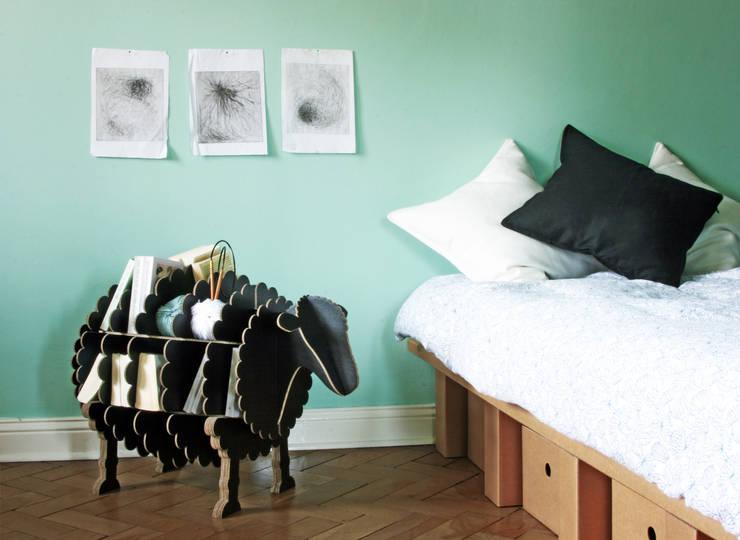 غرفة المعيشة تنفيذ Stange Design