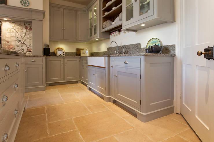 Stoke Grove :  Kitchen by Baker & Baker