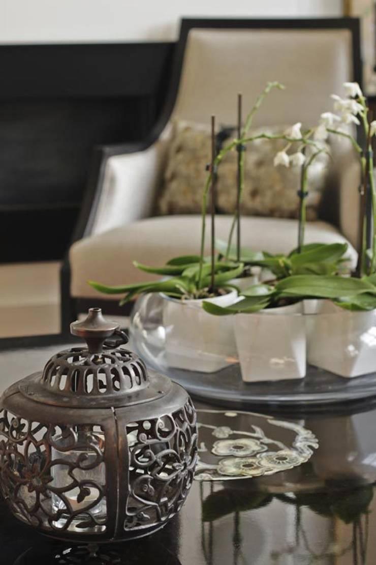 NSDA SHOWROOM:  Living room by NSDA