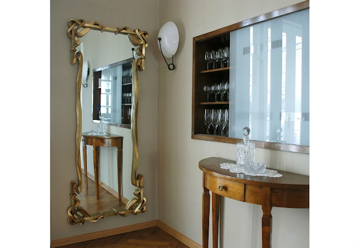 Mirror Age of Innocence:  Living room by Adonis Pauli HOME JEWELS