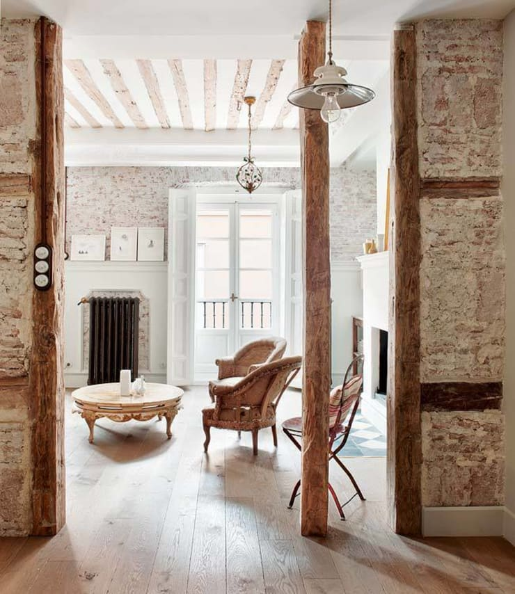 Living room by Simetrika Rehabilitación Integral, Classic