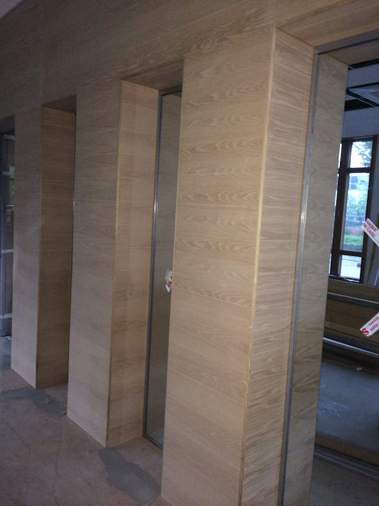 Tongue and Groove 12mm oak veneer panelling:  Walls & flooring by The UK's Leading Wall Panelling Experts Team