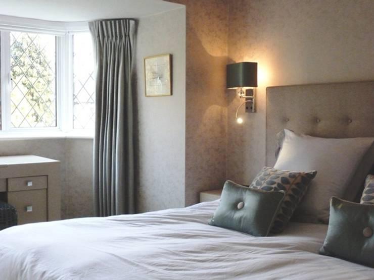 Bedroom:  Bedroom by Rachel Angel Design