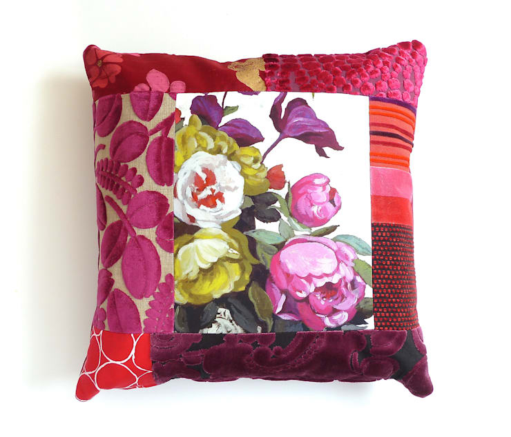 Hermione luxury patchwork cushion:  Living room by Suzy Newton Ltd.