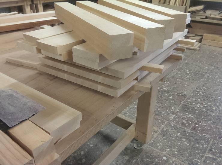 Esstisch massives Kirschholz:   von Mobama GmbH,Klassisch