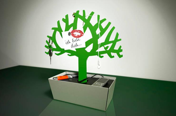 Tree of Charge: modern  von Radius Design,Modern