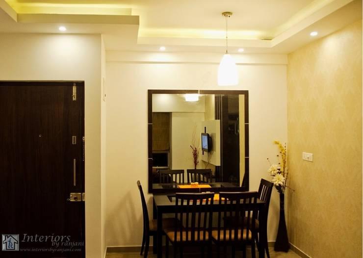 Rajshree Sanjay-NeoTown, EC:  Dining room by Interiors by ranjani