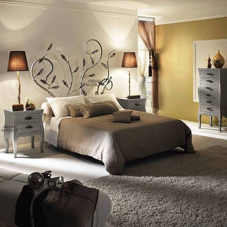 Dormitorio Clásico Sorolla: Dormitorios de estilo  de Paco Escrivá Muebles