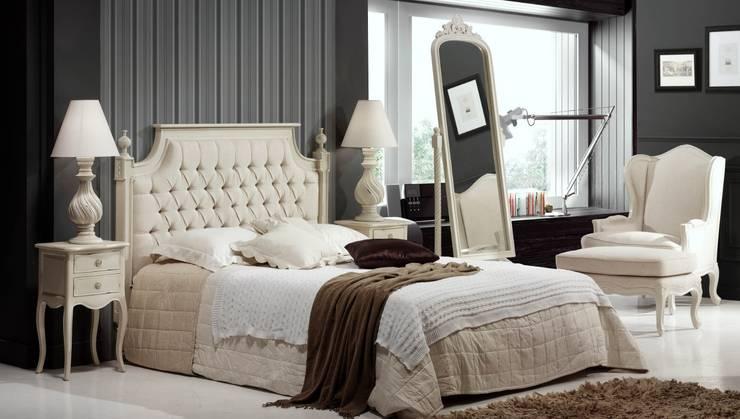 Dormitorio Clásico Blanco Danerys: Dormitorios de estilo  de Paco Escrivá Muebles