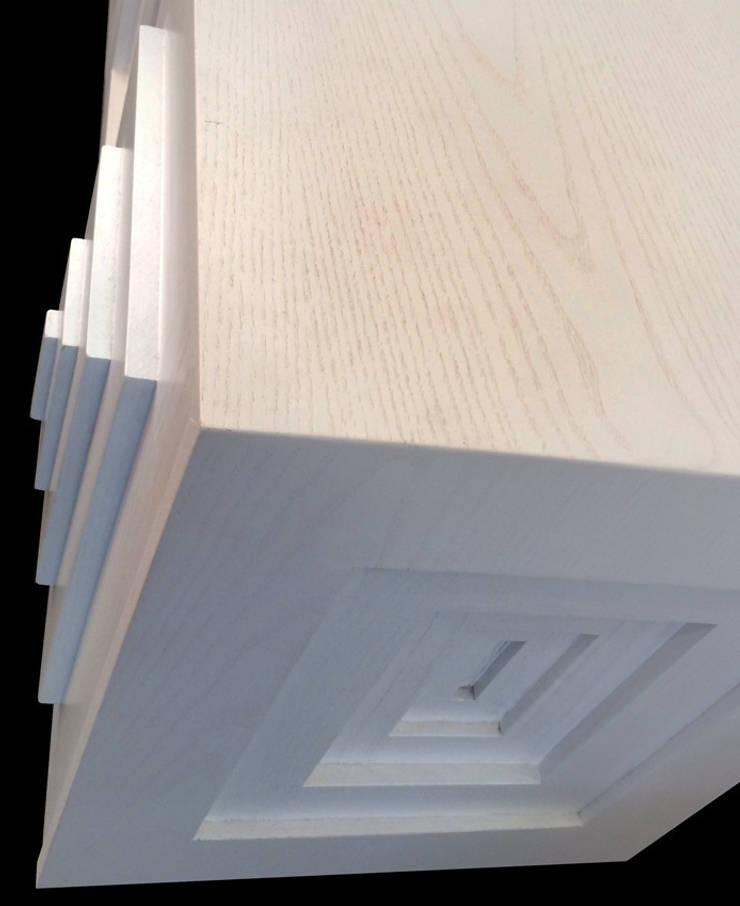 In & Out sideboard: Soggiorno in stile  di Francesco Della Femina