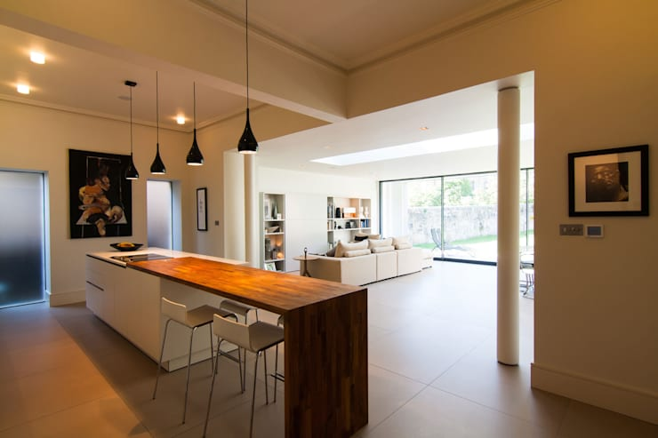 Queen's:   by Somner Macdonald Architects