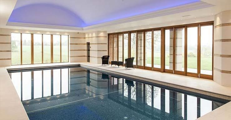 Swimming pool with sauna and steam room Batts Hall:  Spa by Leisurequip Limited