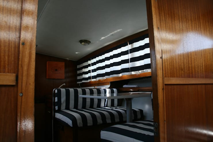 The captain's word is Law: Yacht & Jet in stile  di Laura Marini Architetto