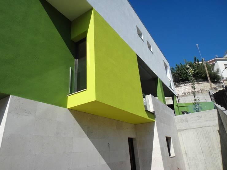 casa unifamiliar:  de estilo  de vbtarquitecte