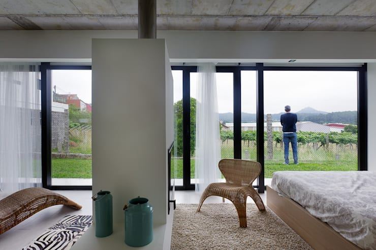 Windows by Nan Arquitectos,