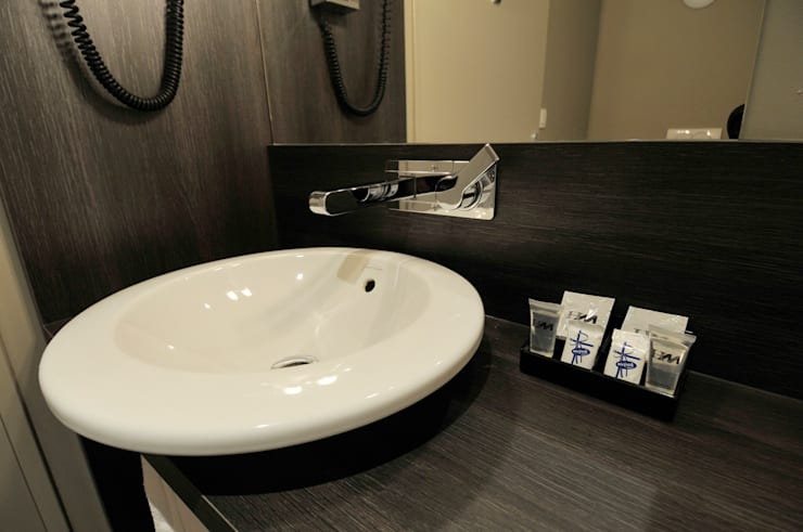 Hôtel 3* – Lyon France – ÔTELIA:  de style  par Agence Philippe BATIFOULIER Design