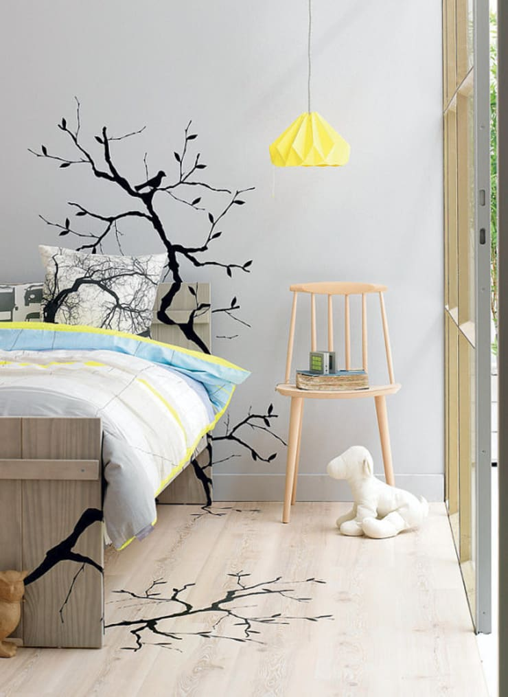 Chestnut lamp:  Living room by Studio Snowpuppe