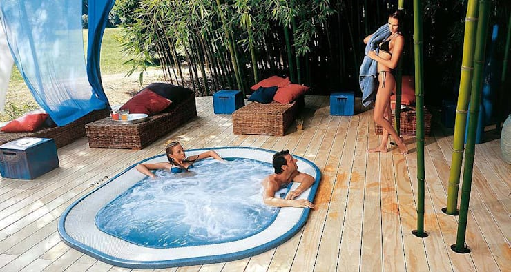 Spas for your home or commercial facility : modern Spa by Leisurequip Limited