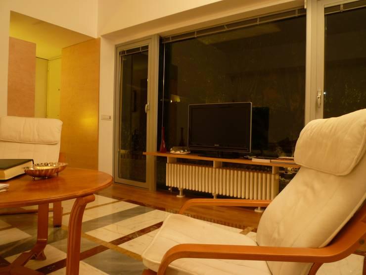 Casa Petronia: Case in stile  di Studio Felicetti - Circosta