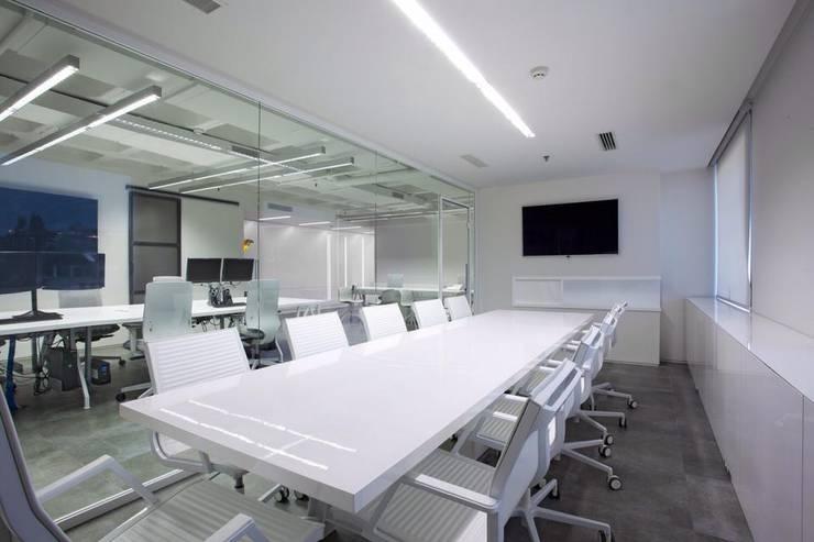 Meeting Room:  Office buildings by Volume&LiGht