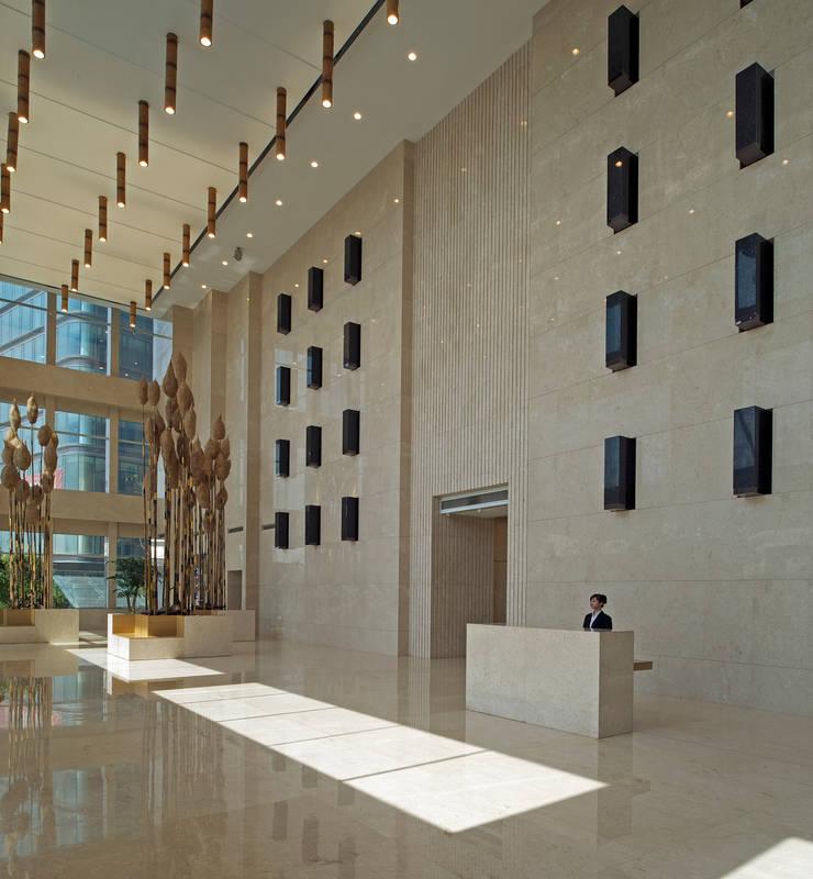 Hongcheng Bürogebäude:  Bürogebäude von Peter Ruge Architekten,