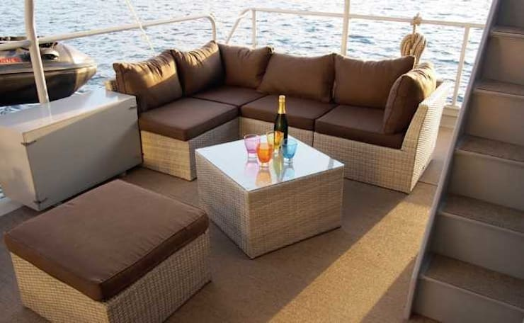 Etoile 65: Yachts & Jets de style de style Moderne par Patrick Balta