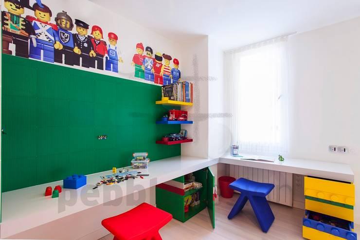 Projekty,  Pokój dziecięcy zaprojektowane przez Pebbledesign / Çakıltașları Mimarlık Tasarım