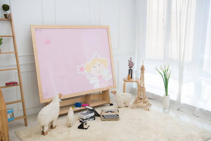 동화나라 숲속요정 나네트: (주)강경숙칠판의  아이 방