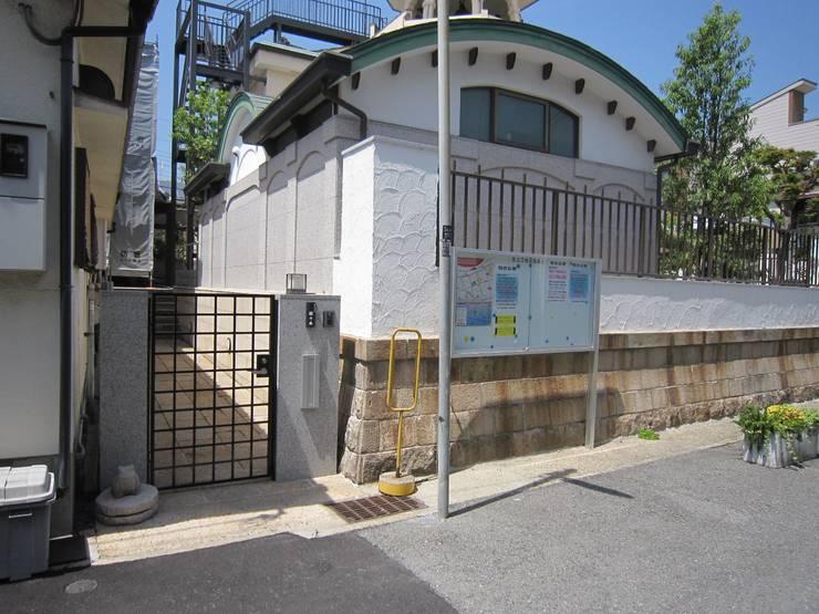 庫裏門廻り: プライム建築設計が手掛けた会議・展示施設です。