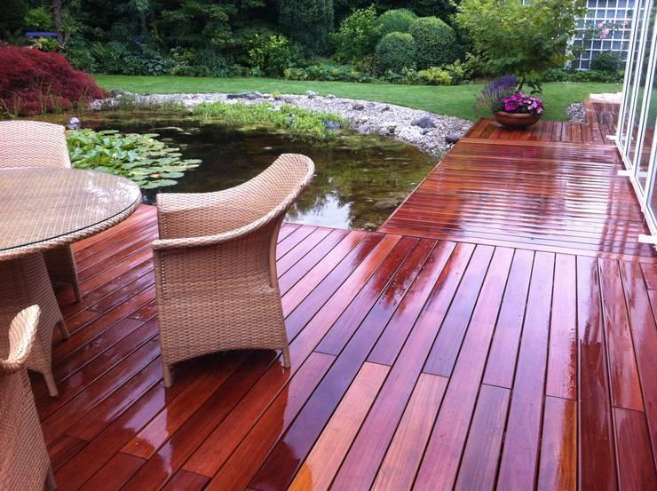 Balcon, Veranda & Terrasse de style  par BS - Holzdesign