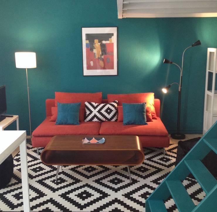Décoration studios meublés:  de style  par Emmanuelle Diebold