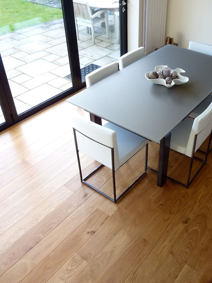 ST ALBANS UK - UNFINISHED SOLID OAK:  Walls & flooring by Fine Oak Flooring Ltd.