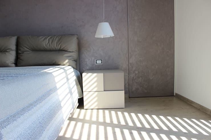 minimalistic Bedroom by Daniele Spirito Architetto