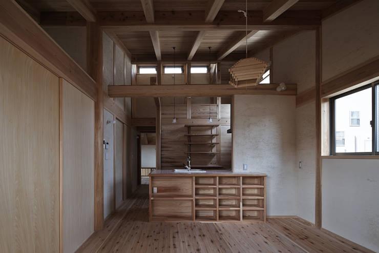 西宮北口の家: 福田建築工房が手掛けたダイニングです。