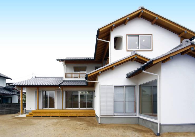 柳川の家: アトリエ イデ 一級建築士事務所が手掛けた家です。,