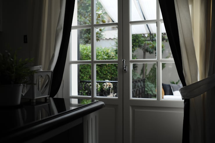 Окна и двери в . Автор – archbcstudio