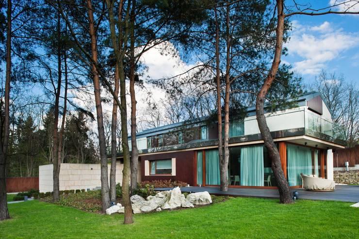 บ้านและที่อยู่อาศัย โดย Zbigniew Tomaszczyk  Decorum Architekci Sp z o.o.,