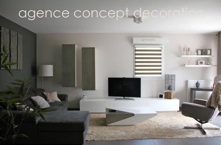 Agencement séjour et entrée ZEN: Salon de style  par agence concept decoration