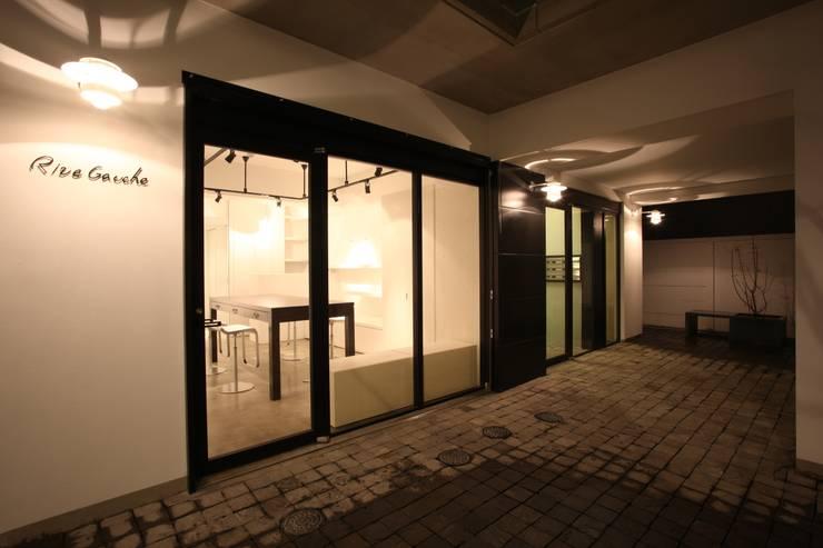店舗活用できるフリースペース: TERAJIMA ARCHITECTSが手掛けた商業空間です。
