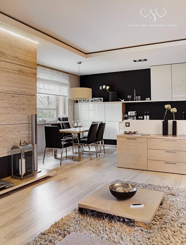 Mieszkanie  w Łodzi: styl , w kategorii Jadalnia zaprojektowany przez Marzec Studio,Minimalistyczny
