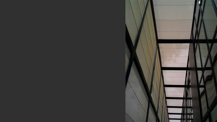 Sede Marco Bicego Gioielli 2010: Complessi per uffici in stile  di TIBERIO CERATO