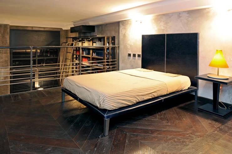 Dormitorios de estilo industrial de vemworks