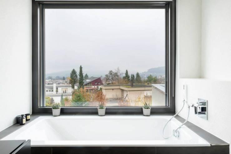 Badkamer door Marty Häuser AG
