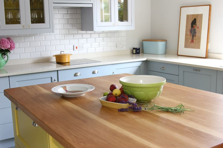 Oak Worktops: modern Kitchen by Norfolk Oak